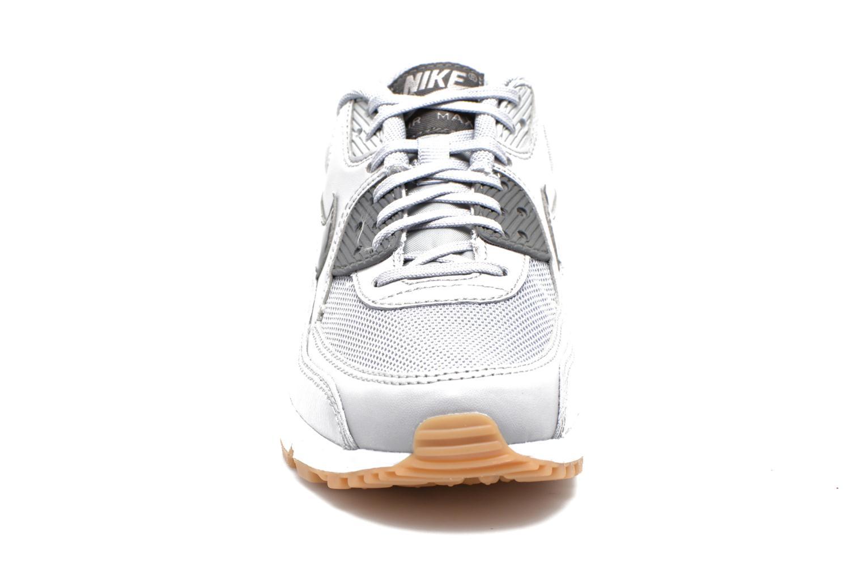 Sneaker Nike Wmns Air Max 90 Essential grau schuhe getragen