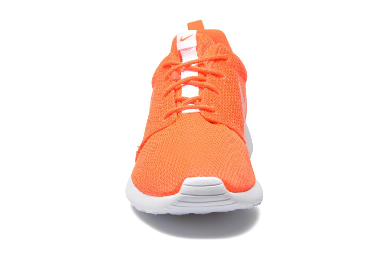 Sneaker Nike Wmns Nike Roshe One orange schuhe getragen