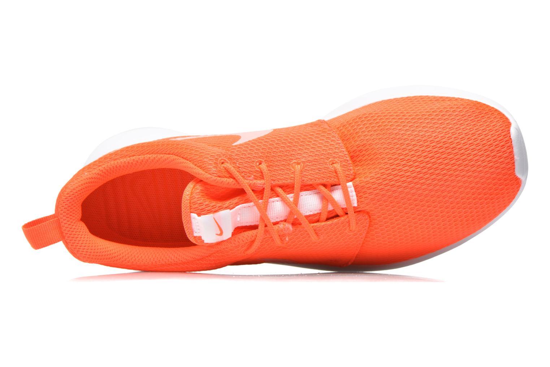 Sneaker Nike Wmns Nike Roshe One orange ansicht von links