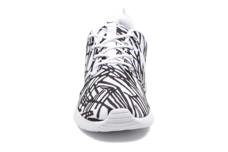 Baskets Nike Wmns Nike Rosherun Print Multicolore vue portées chaussures