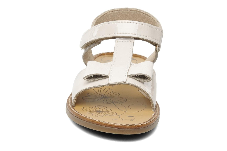 Sandalen Bopy ETUNIS beige schuhe getragen