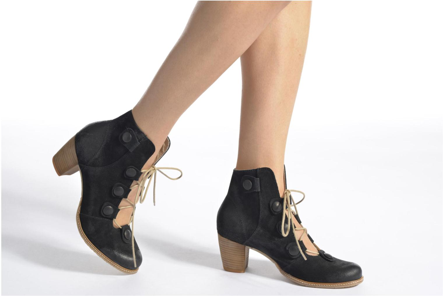 Ankle boots Dkode Valyn Blue view from underneath / model view