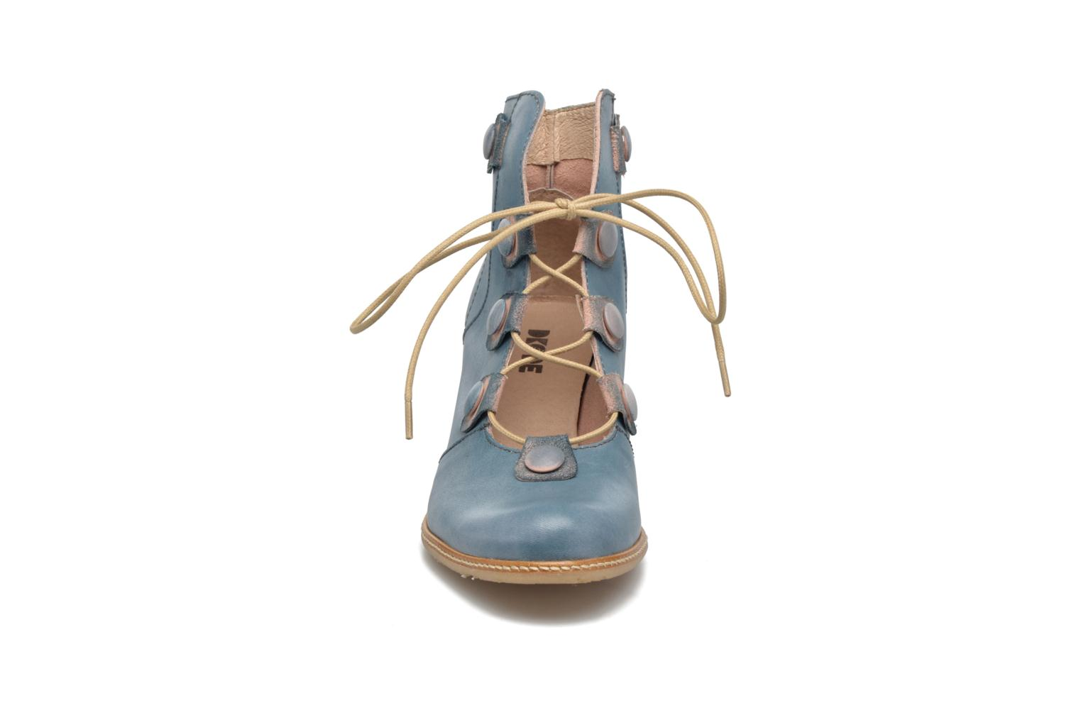 Ankle boots Dkode Valyn Blue model view