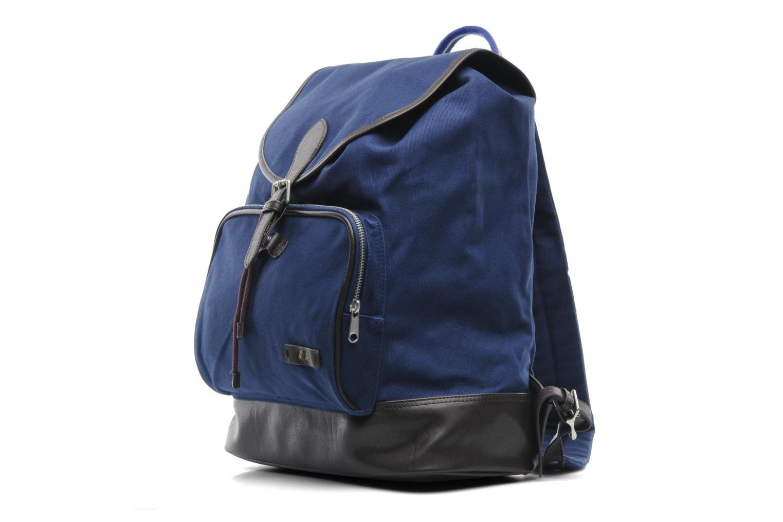 Rucksäcke Fred Perry Classic canvas rucksack blau schuhe getragen