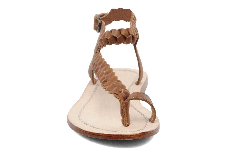 Sandales et nu-pieds Jonak Jade Marron vue portées chaussures