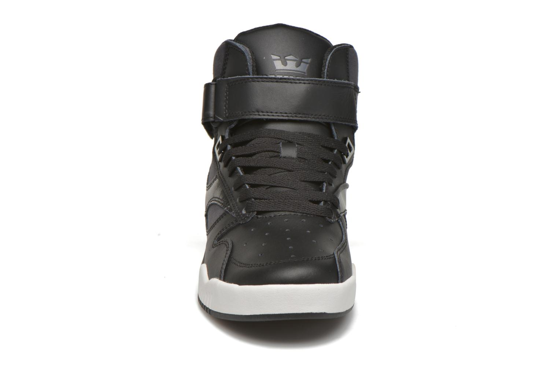 Baskets Supra Bleeker Noir vue portées chaussures