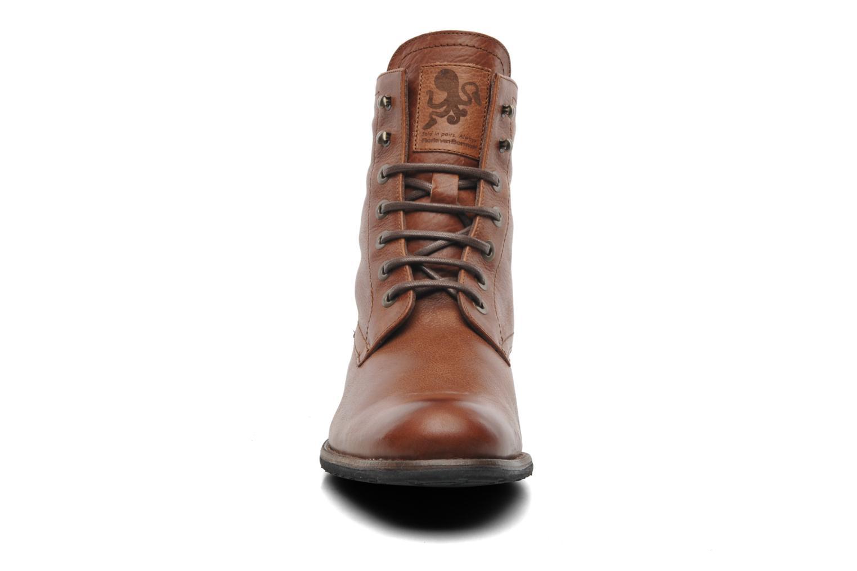 Bottines et boots Floris Van Bommel Roy Marron vue portées chaussures