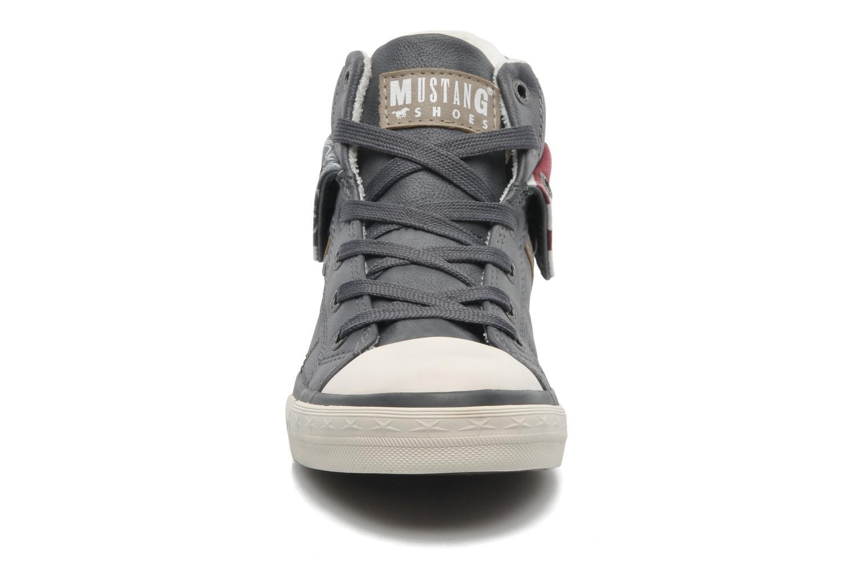 Baskets Mustang shoes Mathys Gris vue portées chaussures