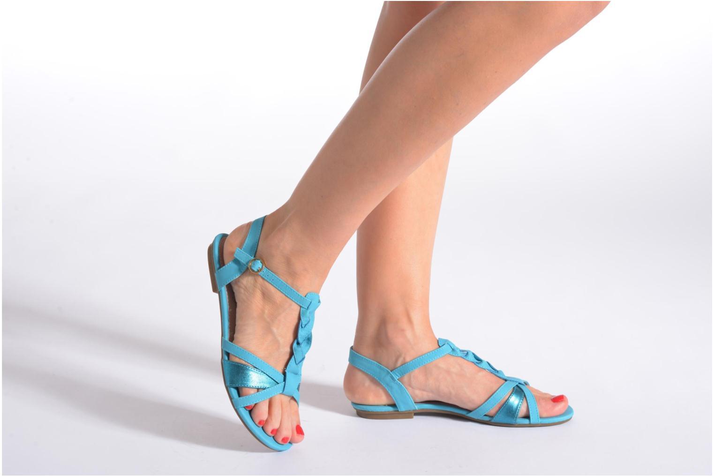 Sandalen Refresh Rafia blau ansicht von unten / tasche getragen