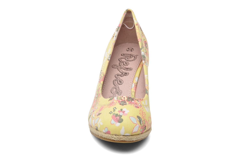 Escarpins Refresh Rebeka Jaune vue portées chaussures