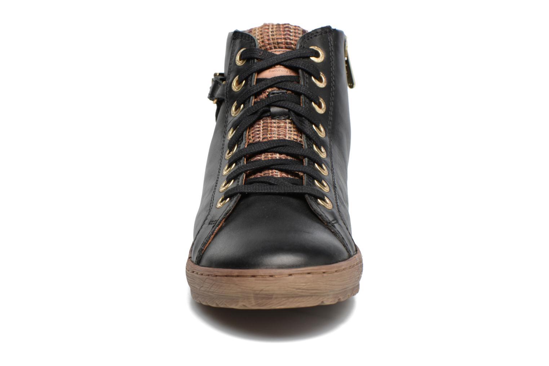 Sneaker Pikolinos Lagos 901-7312 schwarz schuhe getragen