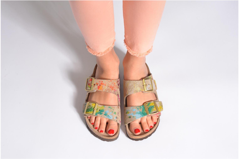 Clogs & Pantoletten Birkenstock Arizona Velours W braun ansicht von unten / tasche getragen