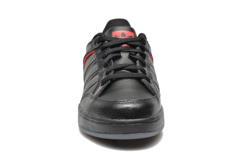 Sneakers Adidas Originals Varial J Zwart model