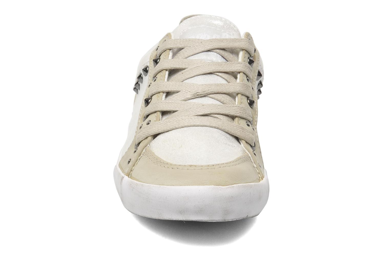 Baskets Kaporal Stessa Argent vue portées chaussures