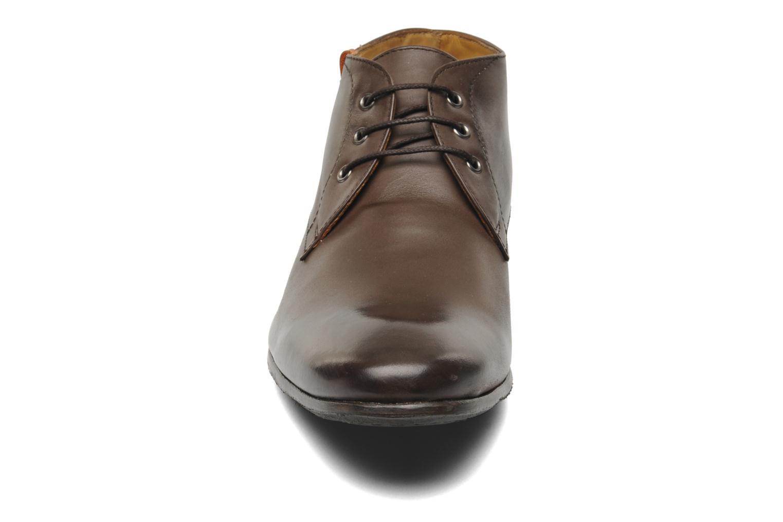 Chaussures à lacets HE Spring Cl Chukka Marron vue portées chaussures