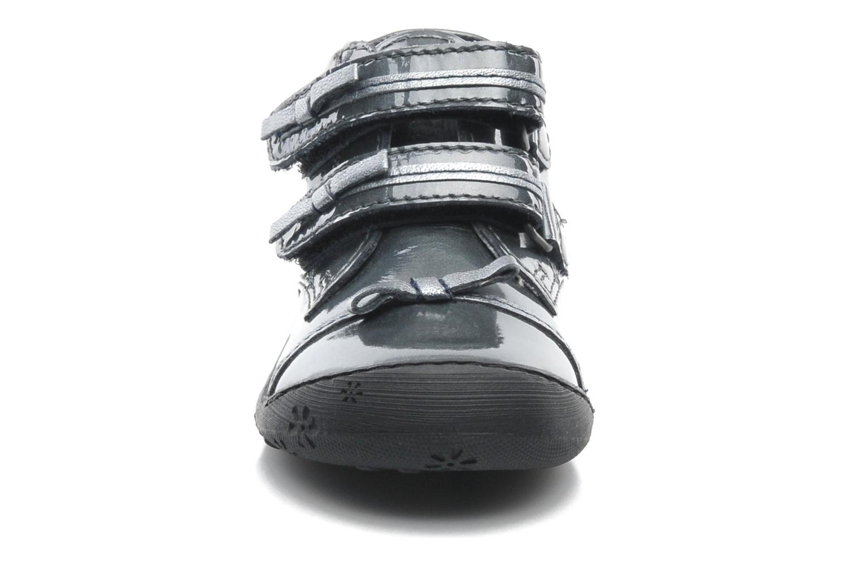 Chaussures à scratch Aster JULIE Gris vue portées chaussures