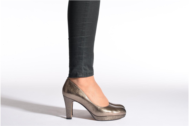 Zapatos de tacón Clarks Crisp Kendra Azul vista de abajo