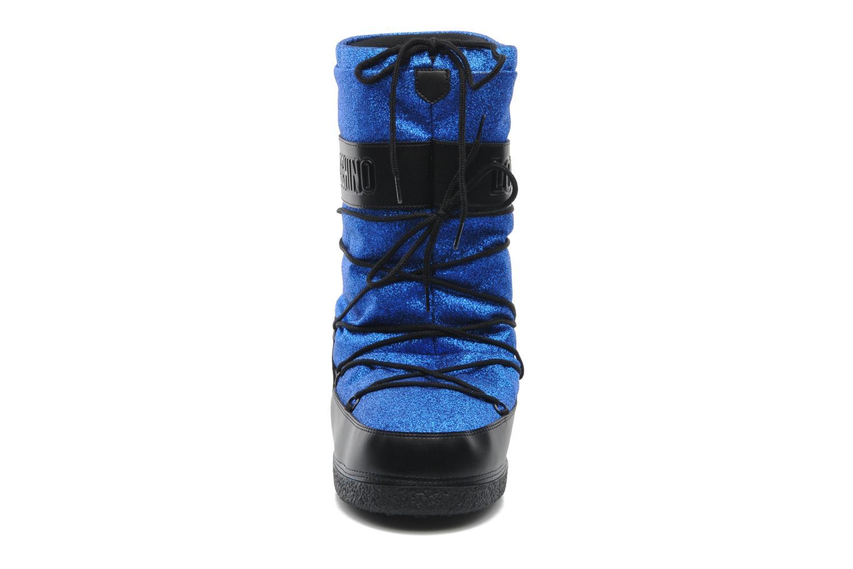 Bottines et boots Love Moschino Love boot Bleu vue portées chaussures