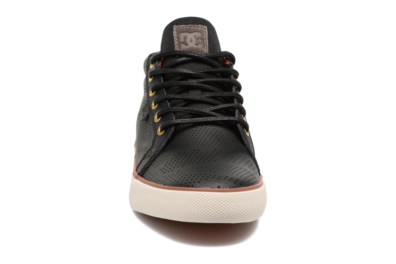 Baskets DC Shoes Council Mid Se Noir vue portées chaussures