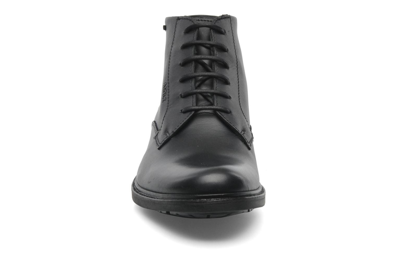 Schnürschuhe Aigle Britten Mid Gtx schwarz schuhe getragen