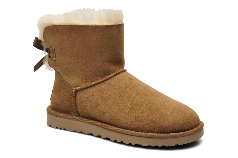 Bottines et boots UGG Mini Bailey Bow Marron vue détail/paire