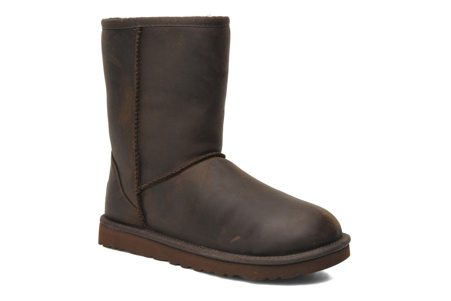 Ankle boots UGG Classic Short Leather Brown detailed view/ Pair view