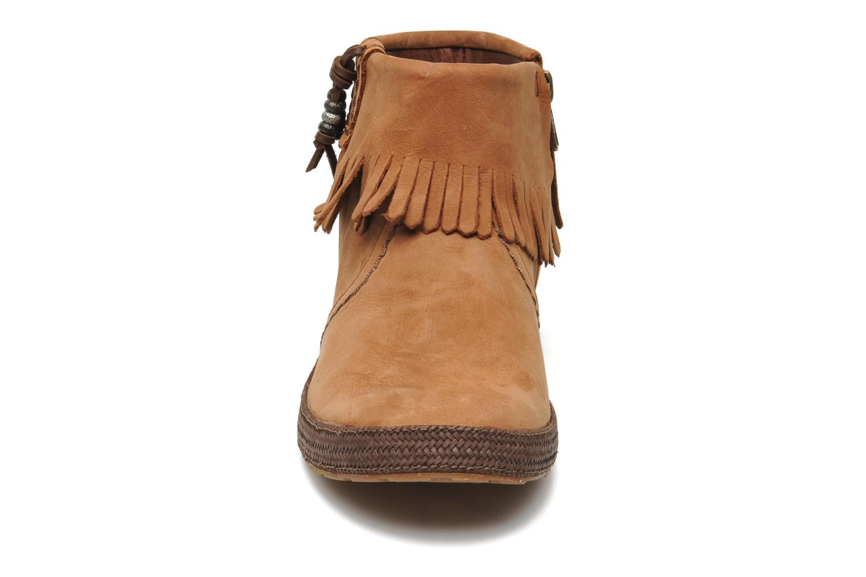 Stiefeletten & Boots UGG Tiana braun schuhe getragen