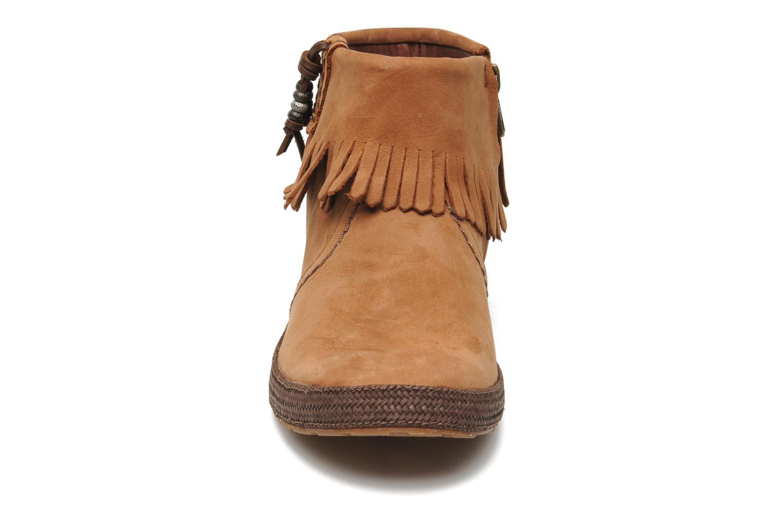 Boots en enkellaarsjes UGG Tiana Bruin model
