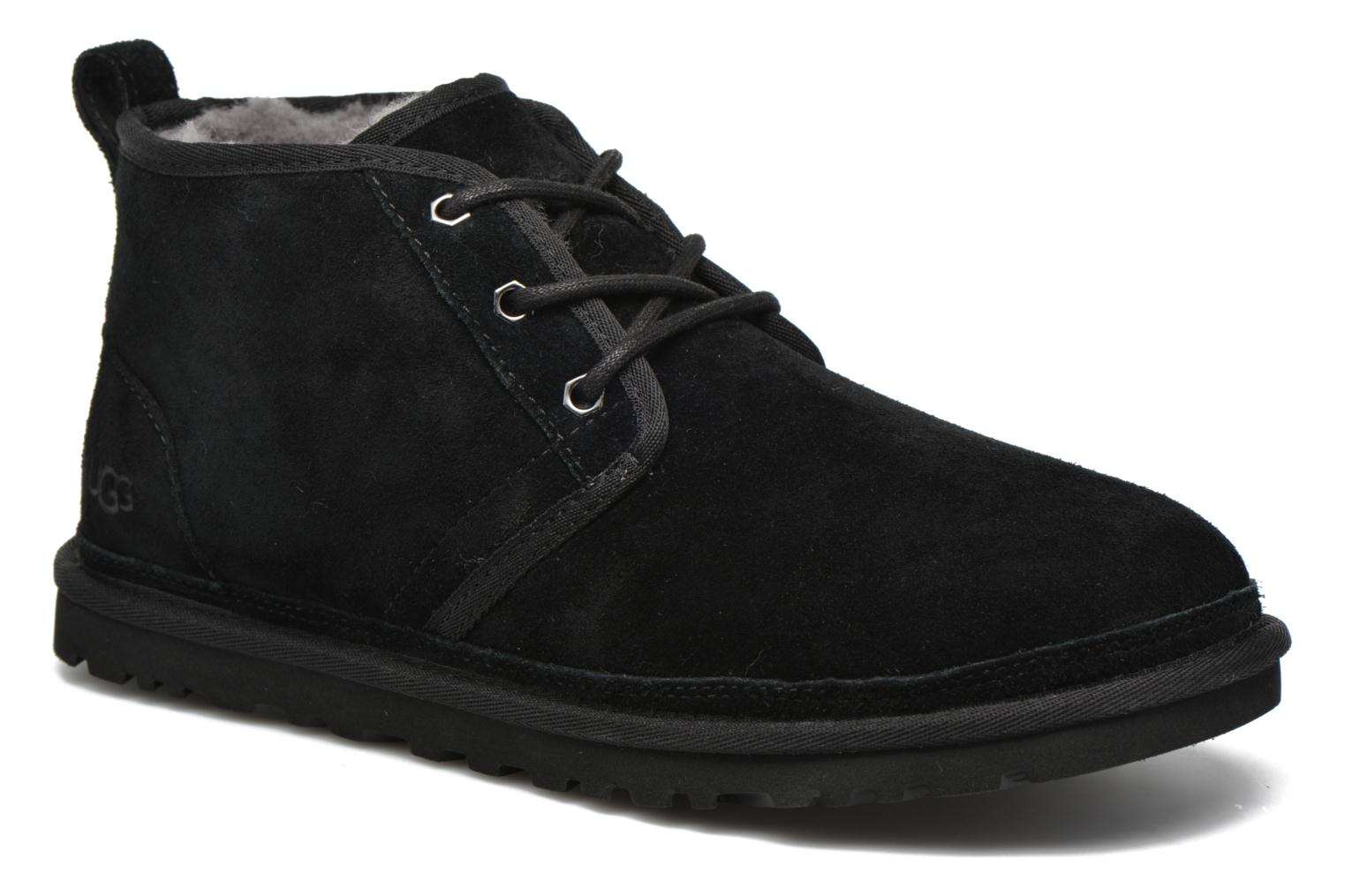 Lace-up shoes UGG Neumel Black detailed view/ Pair view