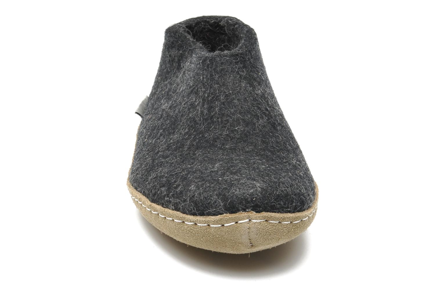 Slippers Glerups Porter W Black model view