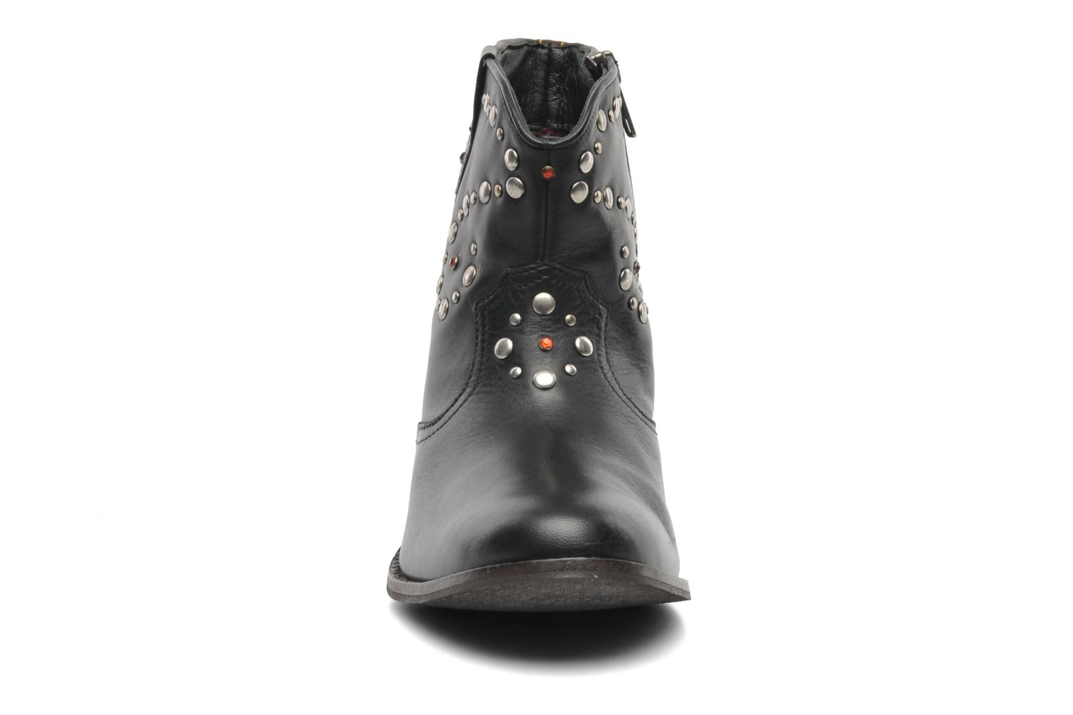 Botines  Pepe jeans BOWIE STUDS Negro vista del modelo