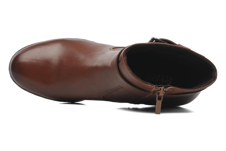 Boots en enkellaarsjes Geox D AMELIA ST A D4479A Bruin links