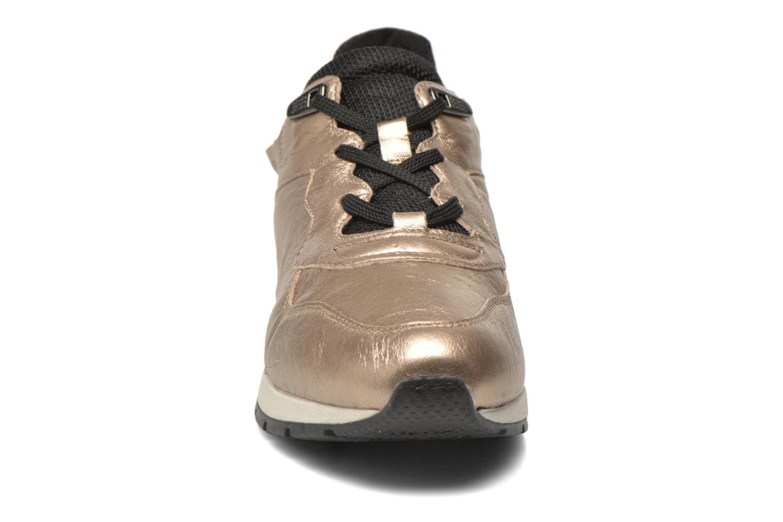 Sneakers Geox D SHAHIRA A D44N1A Bronze och Guld bild av skorna på