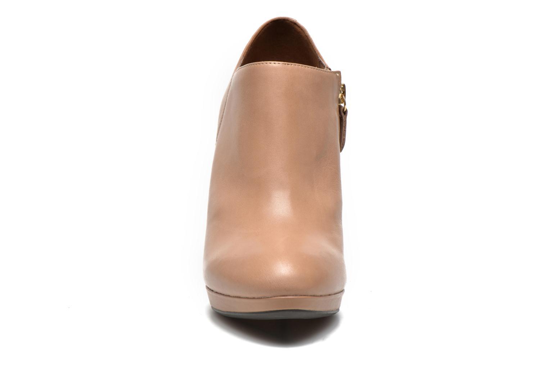 Stiefeletten & Boots Geox D Mariele D44W8D beige schuhe getragen