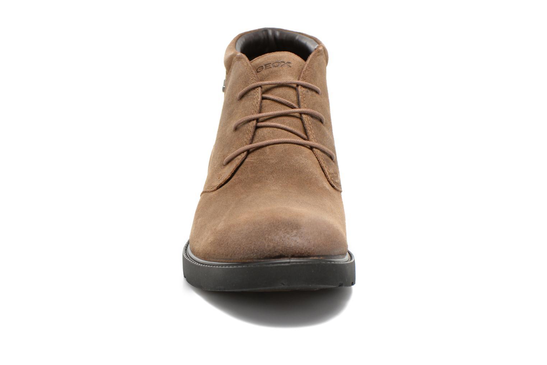 Chaussures à lacets Geox U RUBBIANO B U44Z8D Beige vue portées chaussures