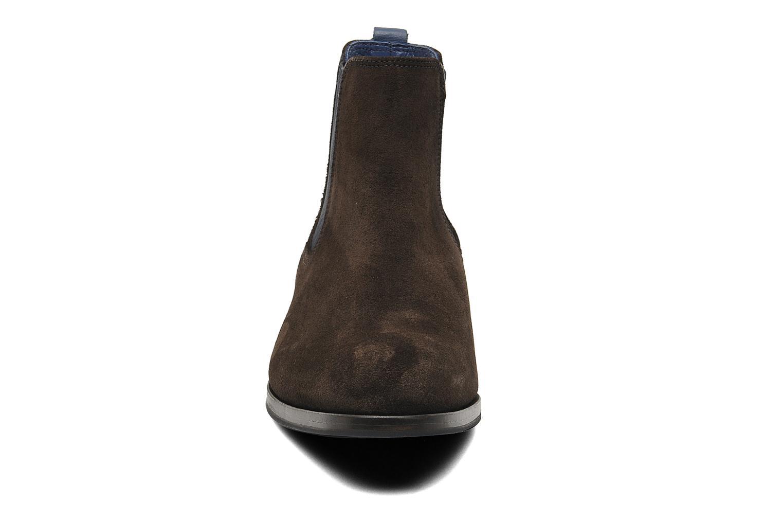 Boots Brett & Sons Blaure Brun bild av skorna på