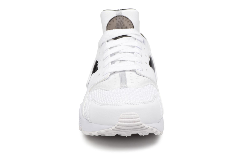 Sneakers Nike Nike Air Huarache Vit bild av skorna på