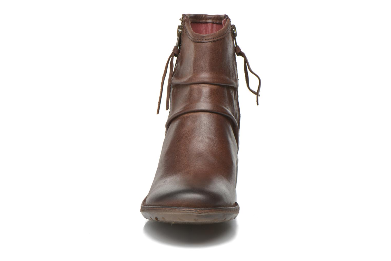 Bottines et boots Kickers Groove Soft Marron vue portées chaussures