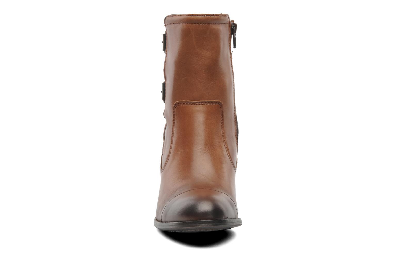 Boots en enkellaarsjes Kickers Medix Bruin model