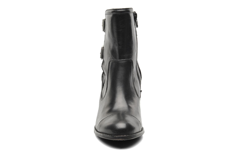 Bottines et boots Kickers Medix Noir vue portées chaussures
