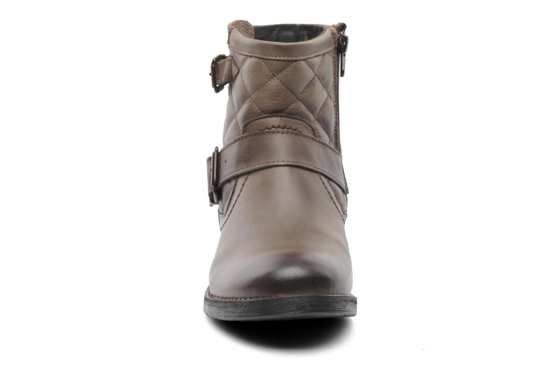 Bottines et boots Mustang shoes Atilda Gris vue portées chaussures