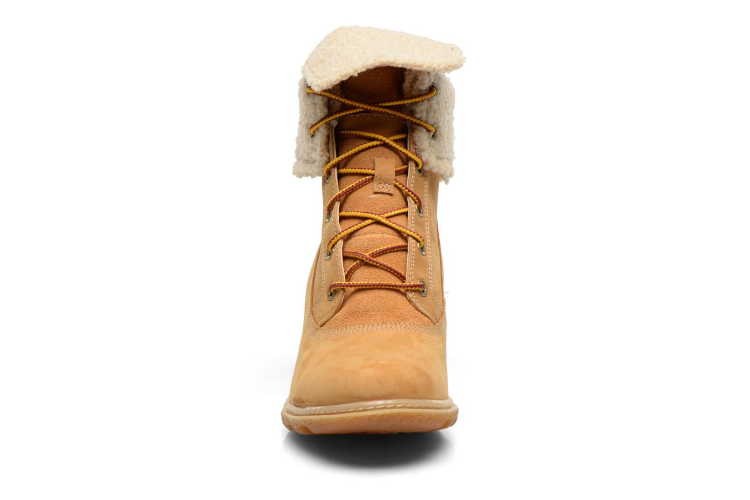Bottines et boots Timberland Earthkeepers Amston Roll-Top Beige vue portées chaussures