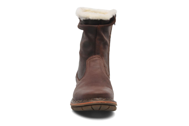 Bottines et boots Art Assen 433 Marron vue portées chaussures