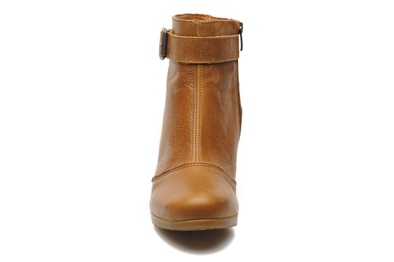Bottines et boots Art Rio 296 Marron vue portées chaussures