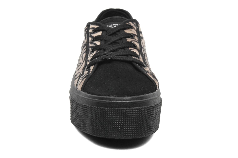 Sneakers Le temps des cerises Jump Low Mono Zwart model