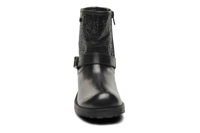 Bottes Les Tropéziennes par M Belarbi Luma E Noir vue portées chaussures