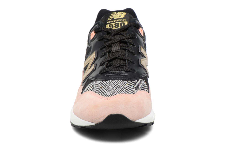Sneaker New Balance WRT580 rosa schuhe getragen