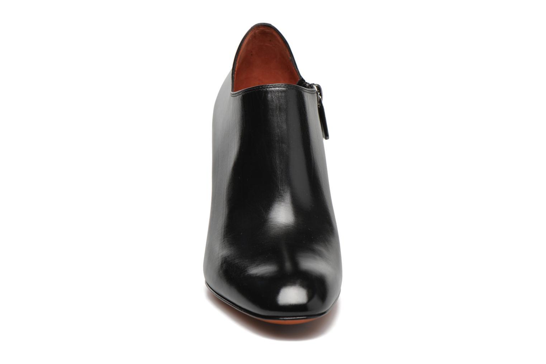 Botines  Santoni Moss 53259 INVISIBLE MAUVAISE REF Negro vista del modelo