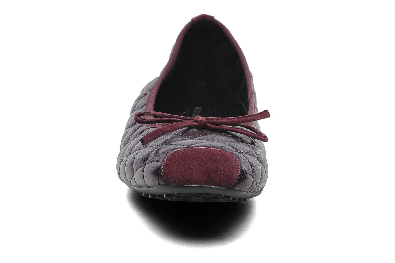 Ballerines Elizabeth Stuart Lacq 329 Bordeaux vue portées chaussures
