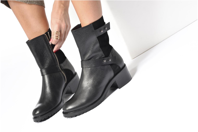 Bottines et boots Anaki Paul Noir vue bas / vue portée sac
